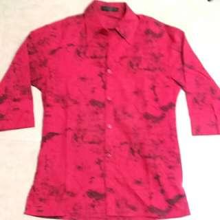 【紅色襯衫】