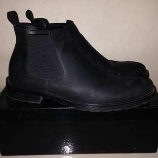 Chelsea boots Zalora