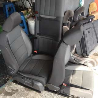 VW Golf MK6 seats