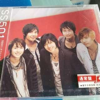 SS501 第二張日文單曲《Distance~君とのキョリ》發行日期:07年/9月(日語)