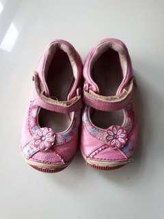 Stride Ride Girl Shoe