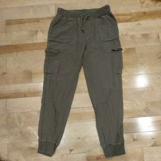 Tna Aritzia Cebu pant xs light Olive color