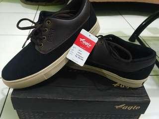 Sepatu Eagle Jonash