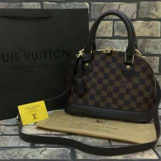 Louis Vuitton Alma Mini Damier