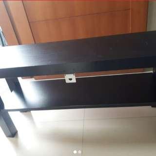 Meja kecil IKEA