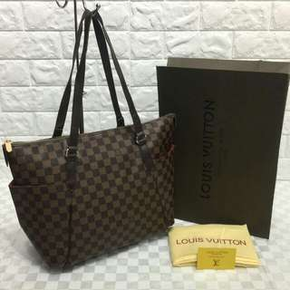 Louis Vuitton Totally MM Damier