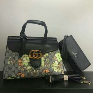 Gucci Shoulder Bag with Pouch