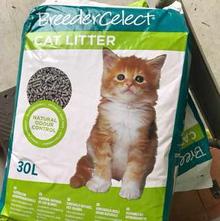 Breeder celect cat litter 30Litre