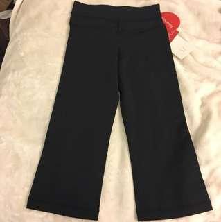 BNWT - LULULEMON crop pants size 2 in black