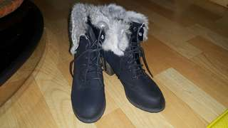 Boots with the Furrr
