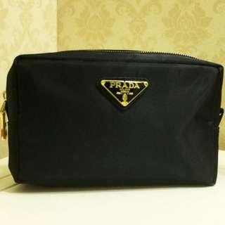 全新Prada Gift Black Makeup Pouch Bag 黑色大容量尼龍旅行化妝袋