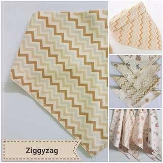 Organic cotton bandana triangle bib