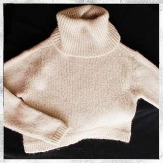H&M Crop Beige Sweater