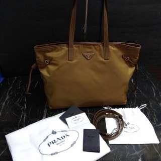 PRADA袋👗👜 全新 $3800