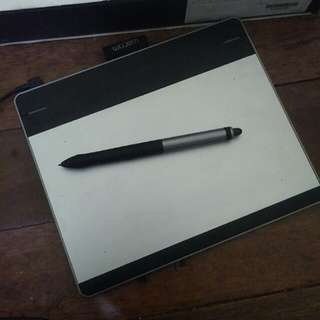 Intous manga- Drawing tablet