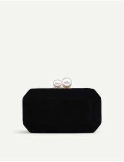 $580 CARVELA Gloat velvet clutch bag  Valentine's Day Chinese New Year,birthday,Anniversary gift  情人節新年生日週年禮物