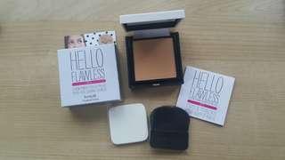 Benefit Hello Flawless Powder Foundation in Beige