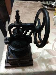 🚚 咖啡研磨機