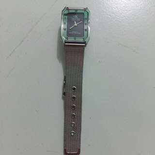 Jam tangan cantik