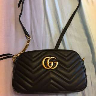 🚚 Gucci marmont 黑色 中款 全新