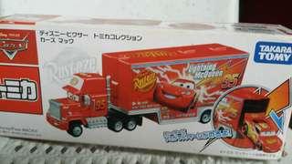 Cars Mack Tomica