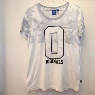 🚚 Adidas original 經典T恤上衣