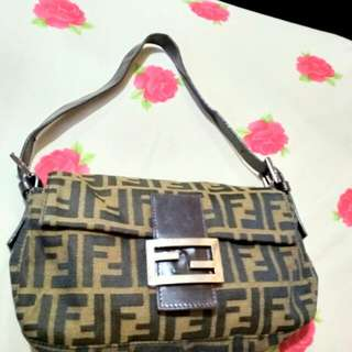 Tas Fendi Shoulder Bag Original Authentic Preloved