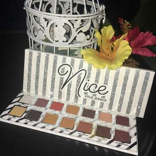 Kylie Jenner Nice or Naughty Palette