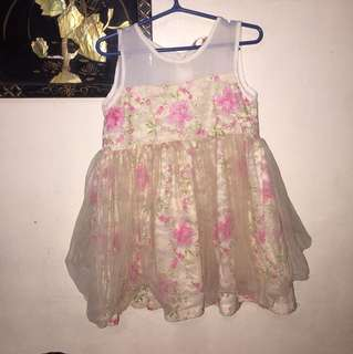 Laced floral dress 2-3 y/o