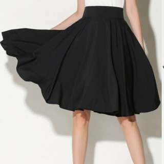 Black High Waist Pleated Skirt Size M