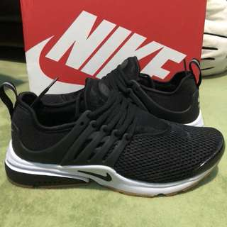 Nike Air Presto Black Gum