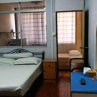Common bedroom for rent in terrace house (Joo Chiat) near Eunos MRT