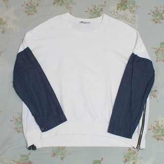 white sweatshirt import