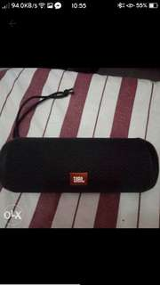 LOOKING FOR JBL FLIP 3 WORTH OF 2K+