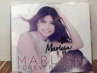 MARLISA FOREVER YOUNG SIGNED ALBUM