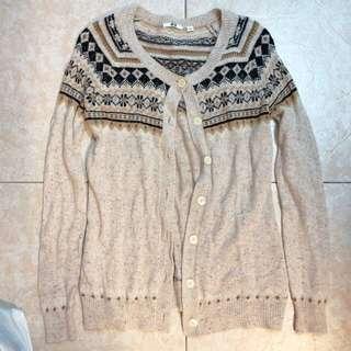 🚚 Uniqlo 民族風 針織外套