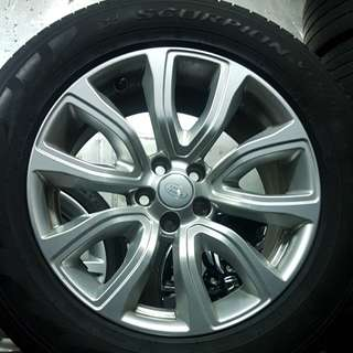 Land Rover rims and tyres 235/60/18
