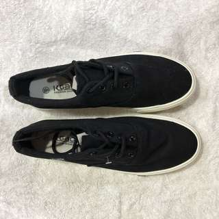 BLACK SHOE LACE SHOES SIZE 40 BRAND NEW