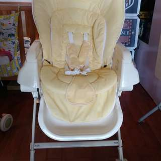 日本 可平可搖high chair