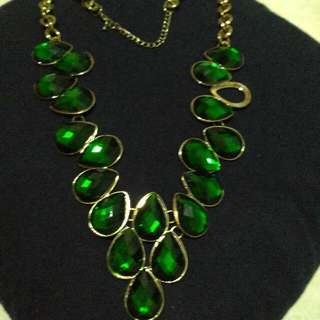 Green Zamrud Necklace