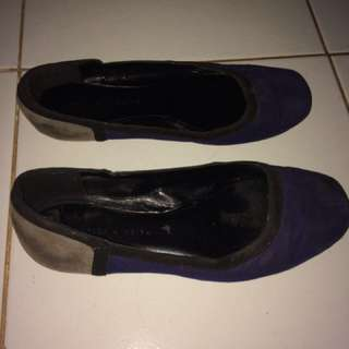 Flat shoes Charles and Keith ORIGINAL
