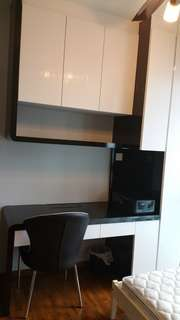 Condo room rent. 3 mins to Buangkok MRT. 18 mins to dhobby ghaut MRT