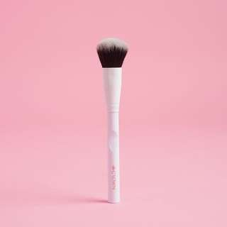CROWN Pro Blush Brush WH035