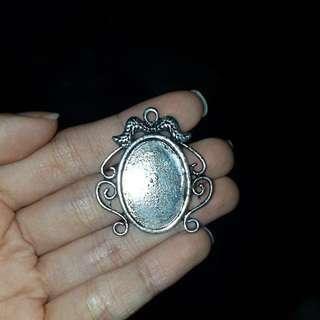 ($1) Silver Metal Cabochon
