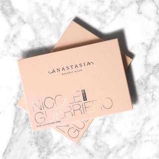 Last Set 💫 Anastasia Beverly Hills Nicole Guerriero Glow Kit Highlighting Palette