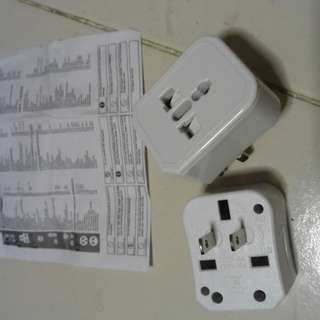 Universal Adaptor with 3 kinds of plugs
