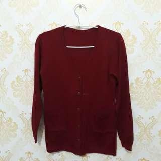 Knit wear maroon