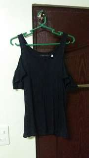 Original Blusa Black Off-shoulder Blouse + Croptop