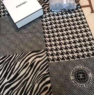 新款Chanel頸巾 💕