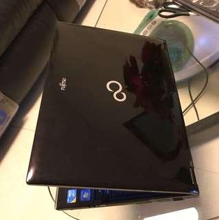 Fujitsu i5 13.3吋日本製造